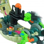 Mighty Max Bytes Cyberskull Playset Open pieces